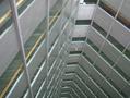 前の写真のサムネイル:摩天楼の中