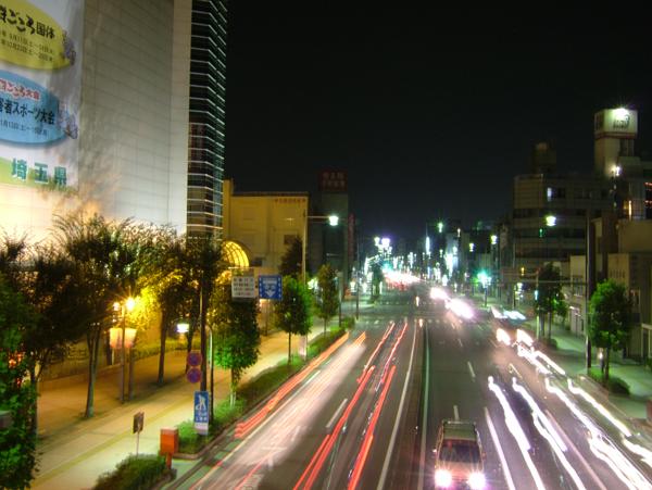 写真:夜の国道17号線